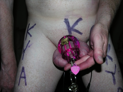 sissysplosh in chastity for Domme Kyaa!